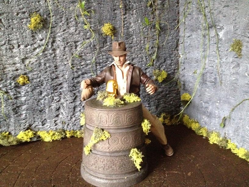 Diorama Indiana Jones Hot Toys ( Terminé ) Img_0360-36ac146