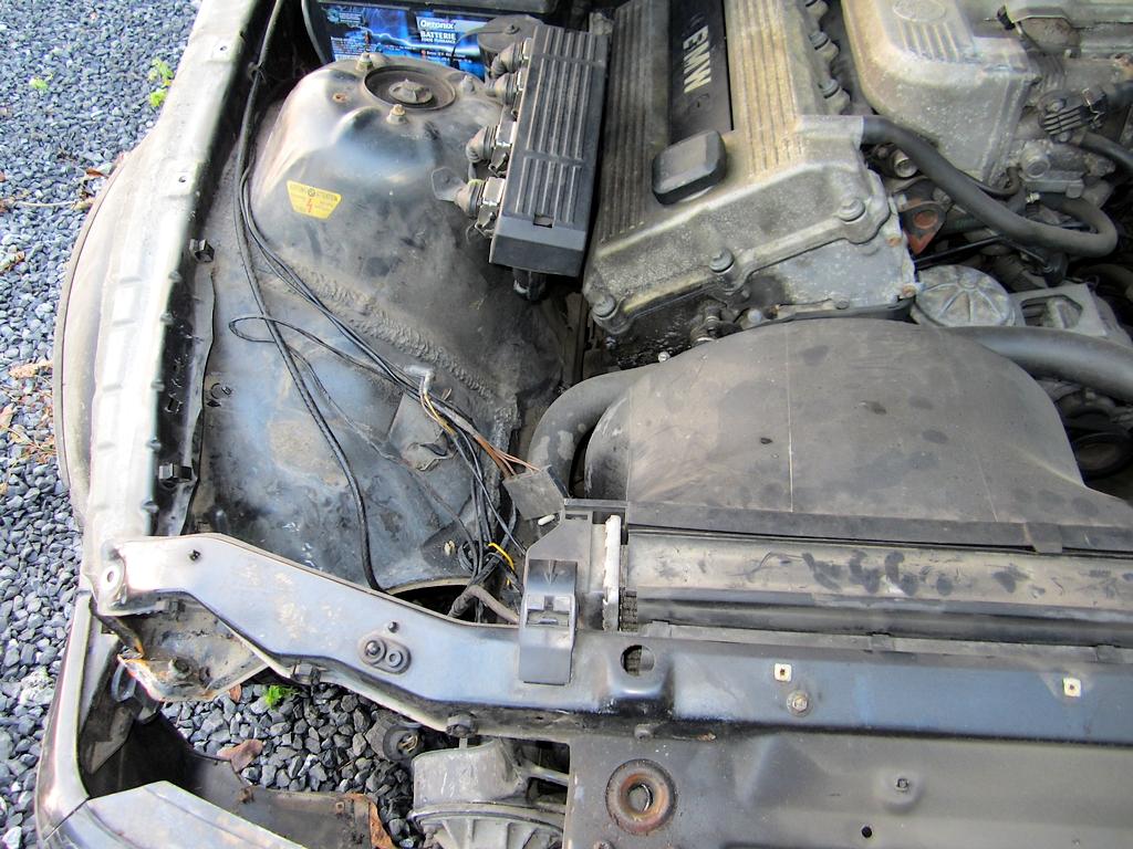 Achat d'un petit E36 coupé 318is Img_1407-3a332b3