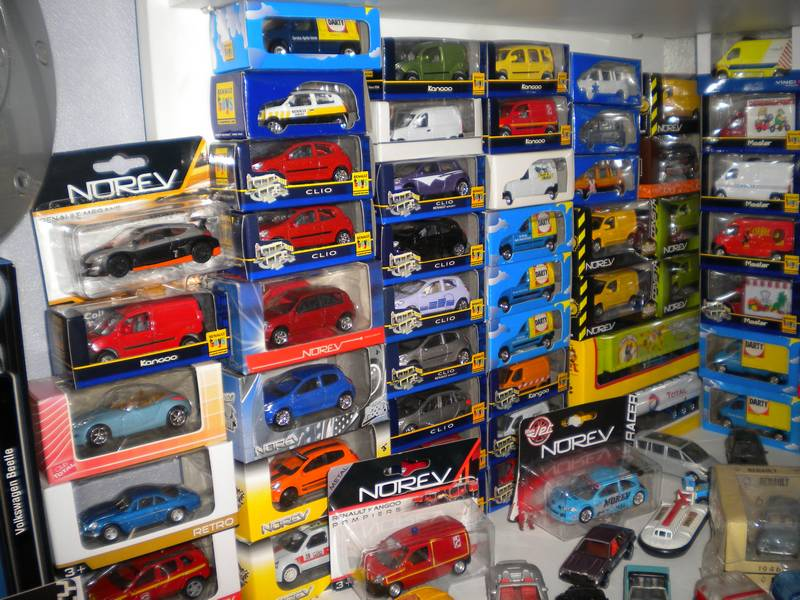 Collection 3-inches (1/64) de FDV ... Dscn4525-37b9d38