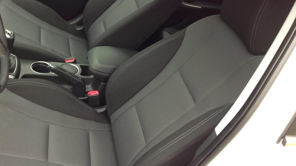 Hyundai i30 CRDi 128 ch Img_0884-39ecce6